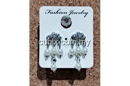 Elegant Women Pearls Diamond Long Dangle Earrings